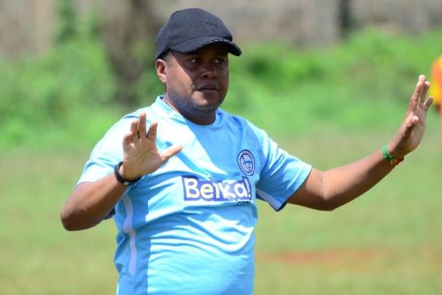 coach alves rallies his players